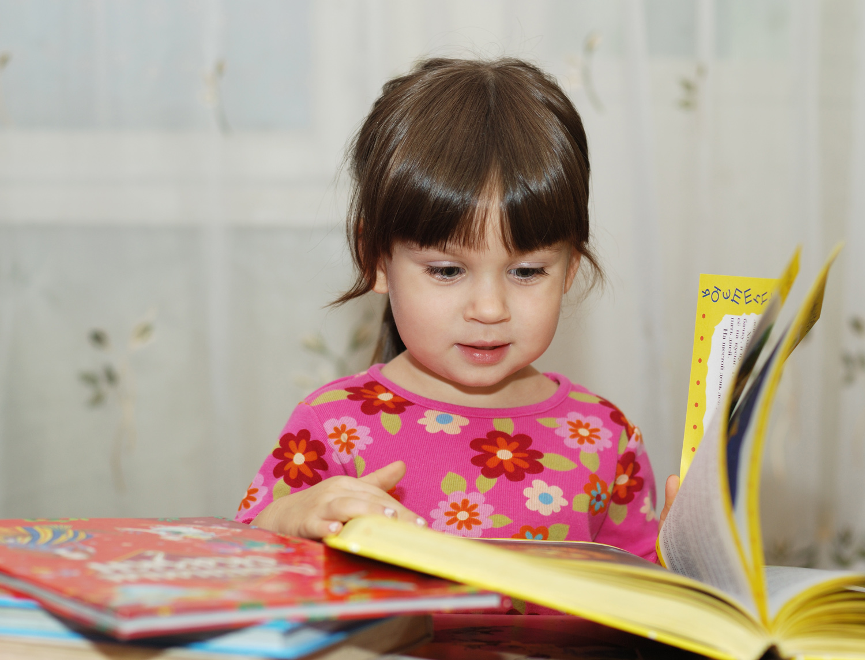 Pre-K girl reading